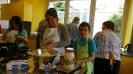 Maennerkochgruppe kocht mit Fluechtlingen_13