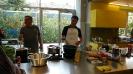 Maennerkochgruppe kocht mit Fluechtlingen_34